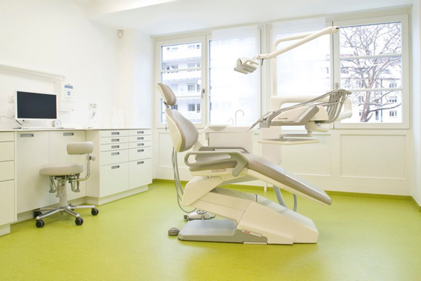 Zahnarzt Dr. Jobs - Stuttgart |Praxis